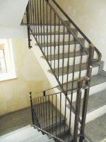 Rampe escalier avec poteaux forgés