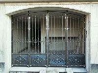 Porte à quatre portes