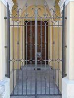 Porte deux à centre portes faux