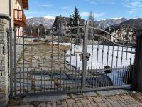Cancello con lance traverse chiodate